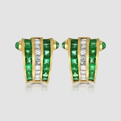 18ct Emerald diamond earrings