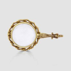 Yellow gold magnifying glass
