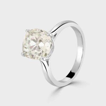 Large stunning 4ct cushion diamond