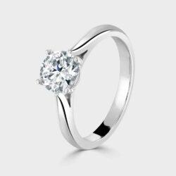 Single stone 1ct diamond ring