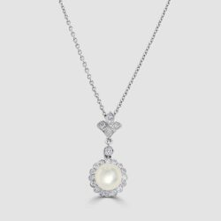 18ct white gold pearl and diamond pendant