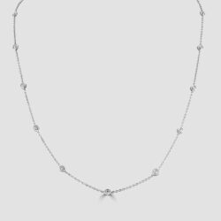Diamond necklace with scattered diamonds