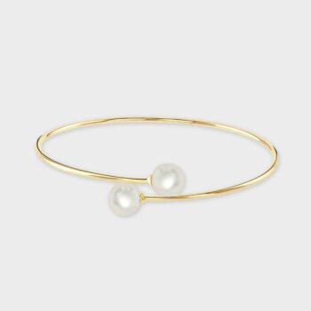 9ct Yellow gold cultured pearl crossover bangle.
